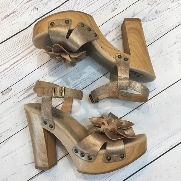 f65f5ea0bc57 Kork-Ease Shoes - KORKY S by KORK-EASE Metallic Floral Chunky Heels